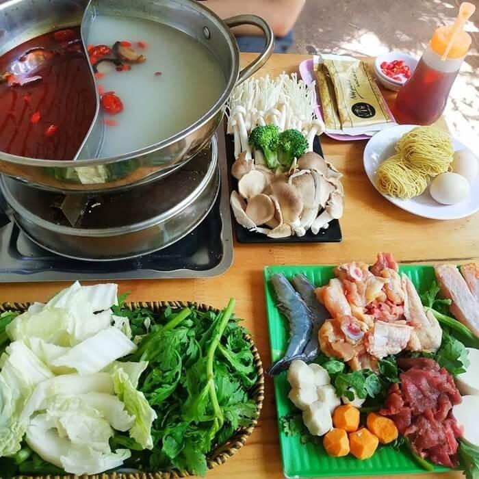 Delicious restaurant in Mang Den - Mang Den Lu Quan