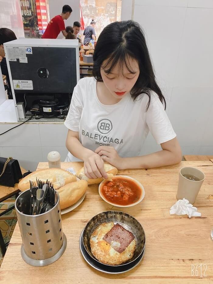 Quán bánh mì ngon ở Hà Nội - bánh mì chảo Thái Thịnh