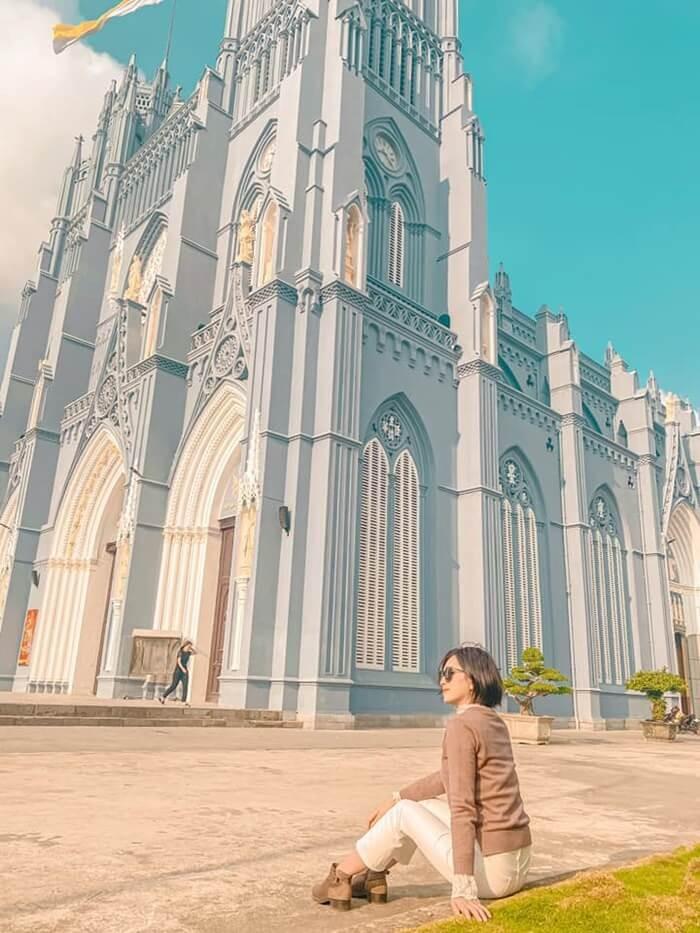 Vương cung thánh đường Phú Nhai - góc nghiêng thần thánh