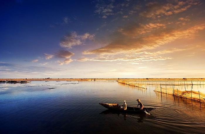 Phá Tam Giang với vẻ đẹp hút hồn du khách.