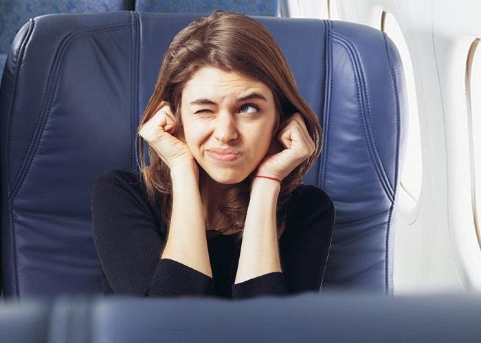 Bí quyết giảm đau tai khi đi máy bay bất cứ ai cũng nên nắm được