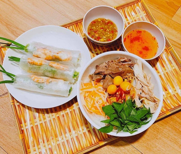 Co Cao Tay Ninh snacking restaurant - a snack bar in Tay Ninh 'delicious armpits'