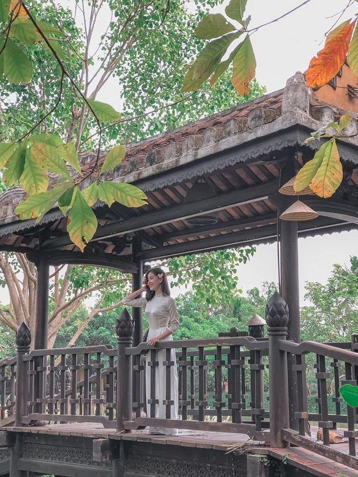Saigon Ao Dai Museum-huynh-location for Tet photography in Saigon-kieu-ngan
