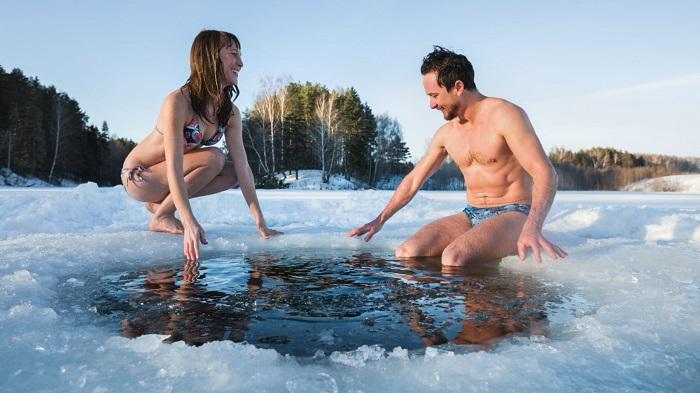 Bơi mùa đông ở Nga trải nghiệm thú vị