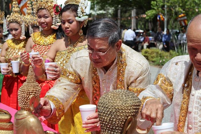 Các nước ăn Tết Âm lịch giống Việt Nam- Campuchia