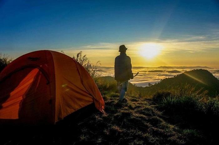 camping in Da Lat - Langbiang mountain