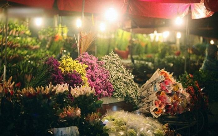 Chợ hoa Tết ở Sài Gòn - chợ hoa Đầm Sen thu hút du khách