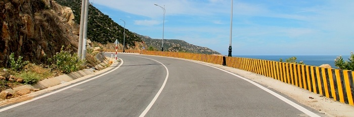 Phan Rang road to Ca Na DT701 is one of the many popular roads in Ninh Thuan