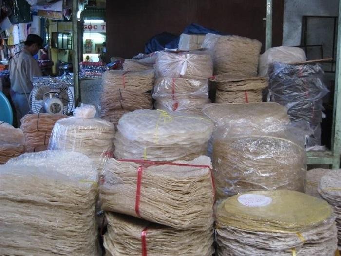 Phu Yen specialties bought as gifts - Hoa Da rice paper