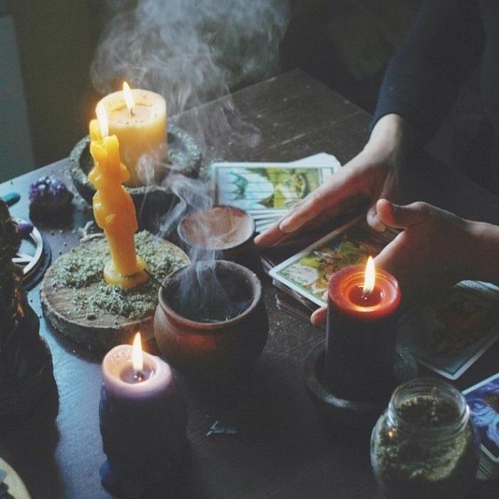 fortune teller address in Hanoi - teacher Long