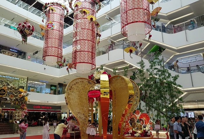 The place to play the Lunar New Year in Saigon - the commercial center