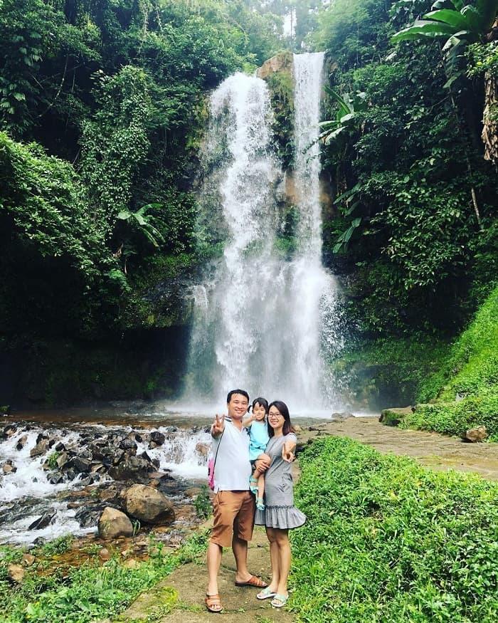 địa điểm du lịch Đà Lạt cho gia đình - check in thác Dambri