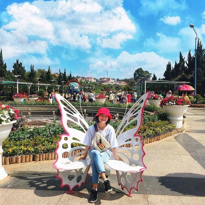 địa điểm du lịch Đà Lạt cho gia đình - ngắm cảnh vườn hoa thành phố
