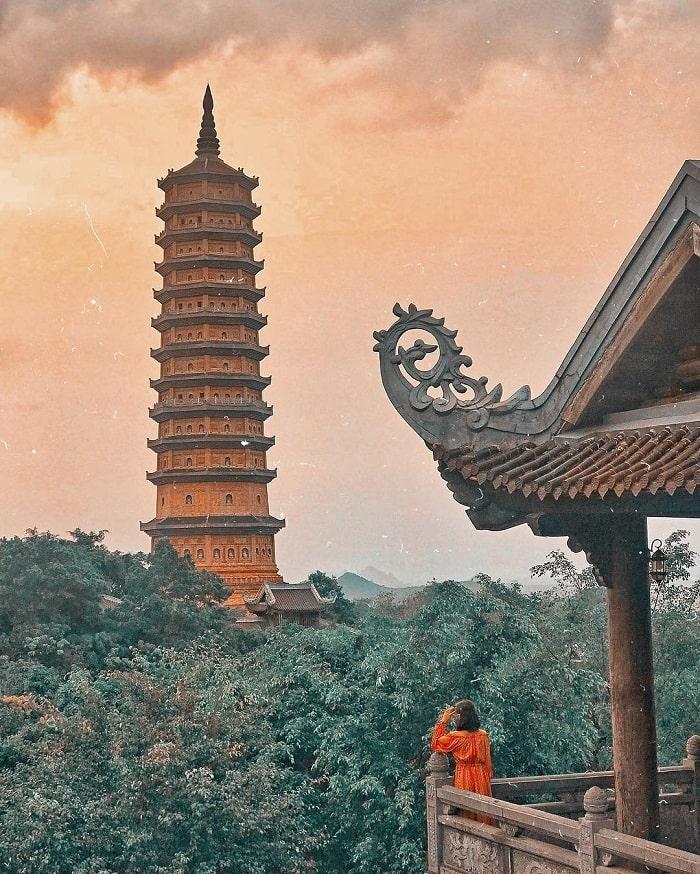 Chùa Bái Đính là một trong những điểm du lịch tâm linh ngày Tết gần Hà Nội