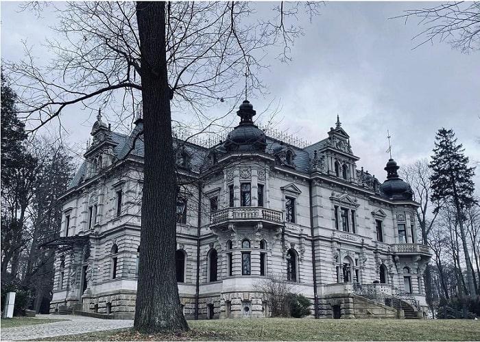 kiến trúc cổ kính lâu đời - nét văn hóa Cộng hòa Séc siêu thú vị