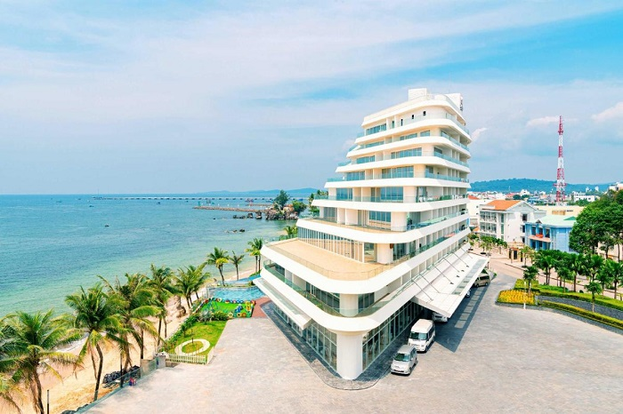 Experience of booking Phu Quoc hotel - a beautiful hotel in the famous Sao beach area