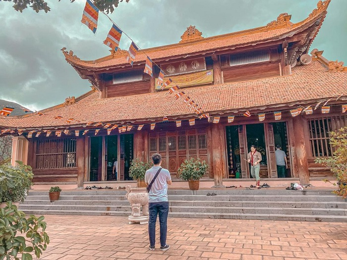 experience at the end of the year Con Dao ceremony - visit Van Son Tu pagoda