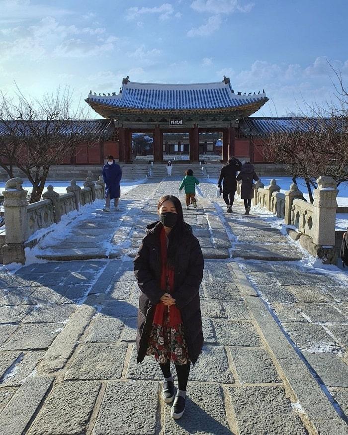 kinh nghiệm du lịch Hàn Quốc tháng 2 - tham quan cung điện ngày Tết