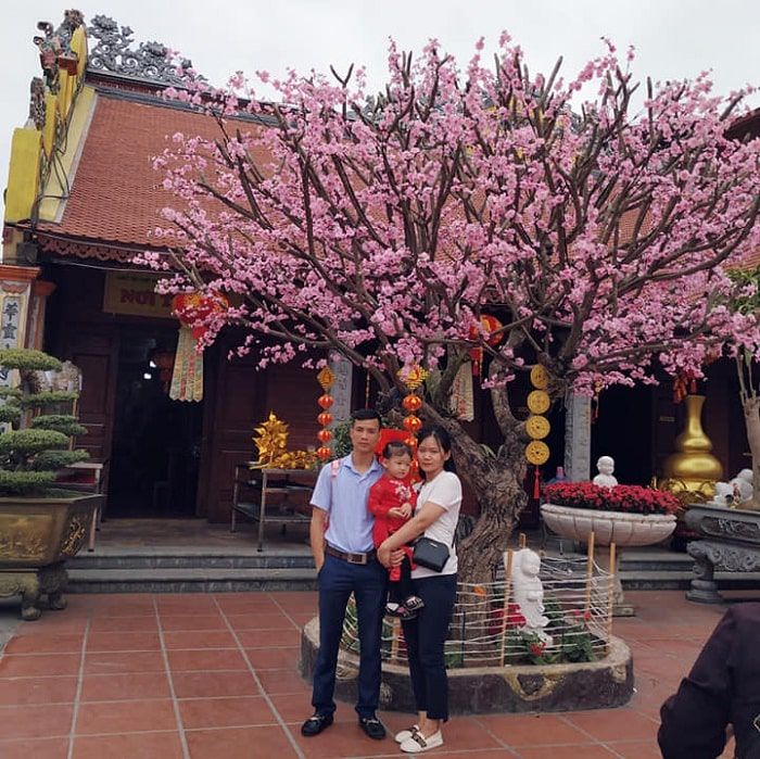 New year pagoda ceremony - popular activity at Pho Chieu Pagoda