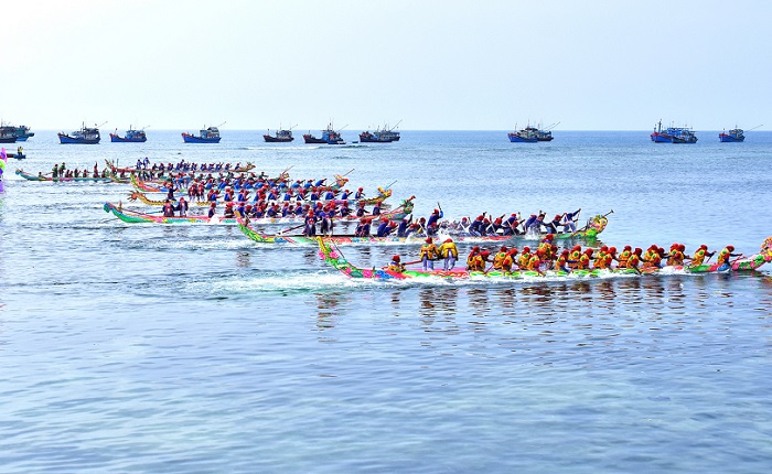 Festivals in Phu Quoc - traditional boat racing festival