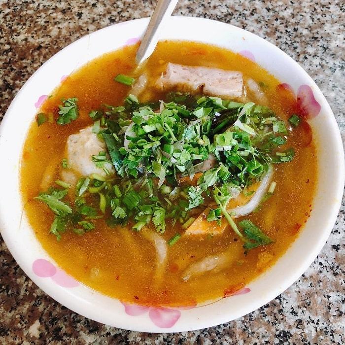 Dalat night food - banh canh