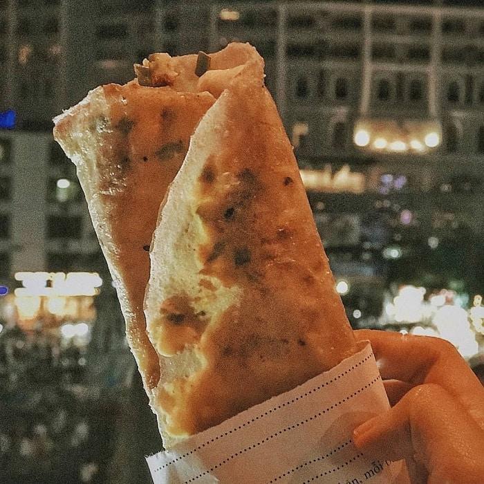Dalat night food - baked rice paper