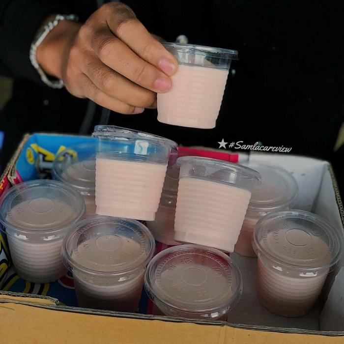 Dalat night food - special yogurt