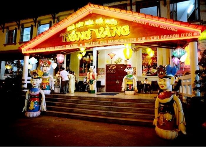 Enjoy the water puppet show in Saigon