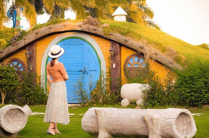 Hobbit house - the attraction of Truong Thanh Farm Hai Phong
