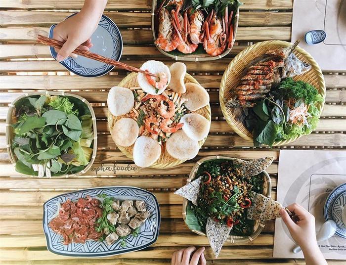 Làng sinh thái ẩm thực Quê Dừa - món ăn đậm chất Nam bộ
