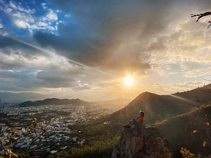 Dawn of Co Tien mountain Nha Trang