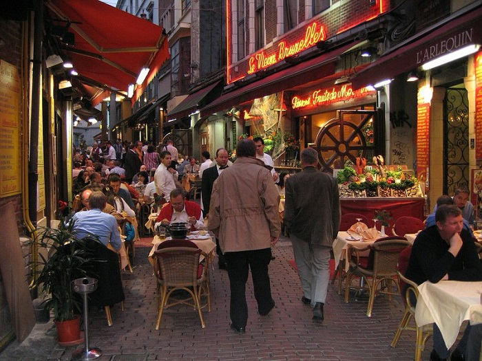 This food street has all the typical dishes of Belgium and Europe - Rue des Bouchers food street in Brussels
