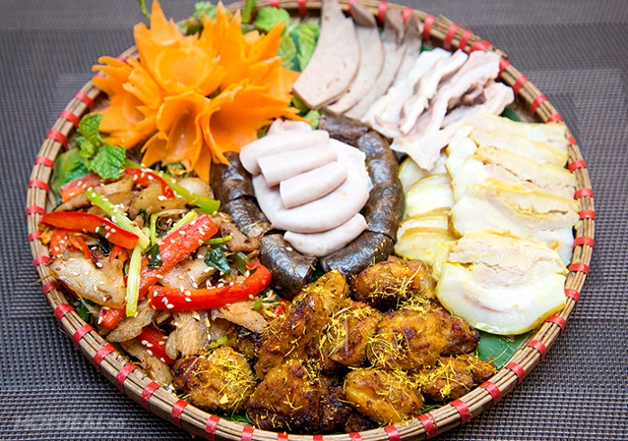 Good restaurant in Mong Cai - Pork Mong Cai Binh Mu