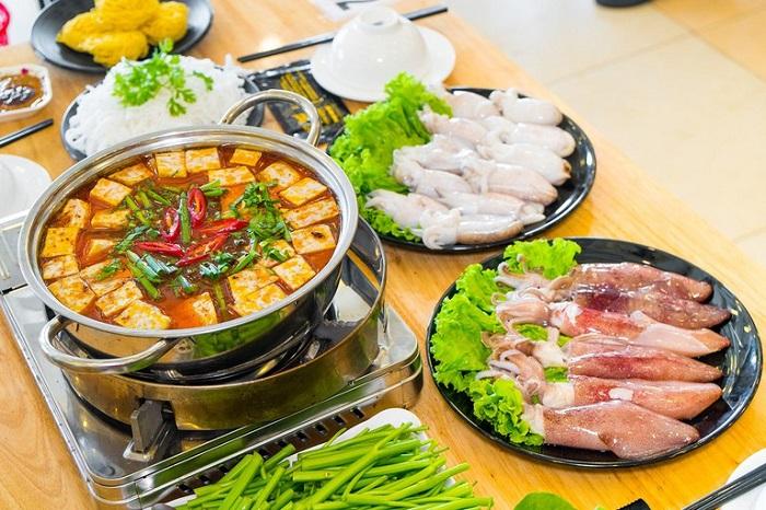 Delicious food in Uong Bi - Sanh Quan restaurant menu