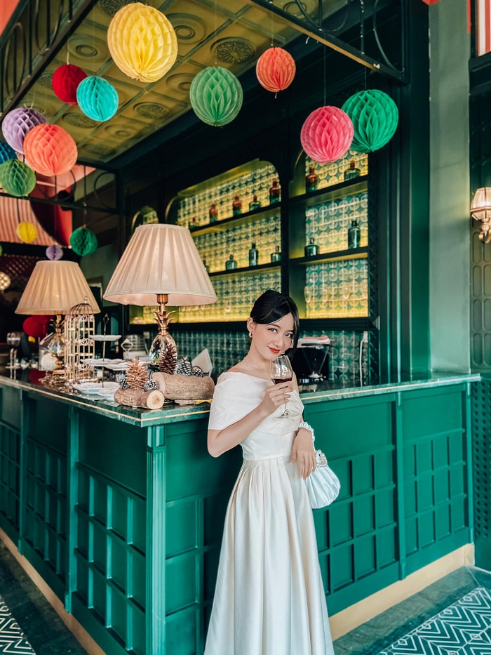 Tet decor cafe in Saigon-im-bistro-phamhoanganh_