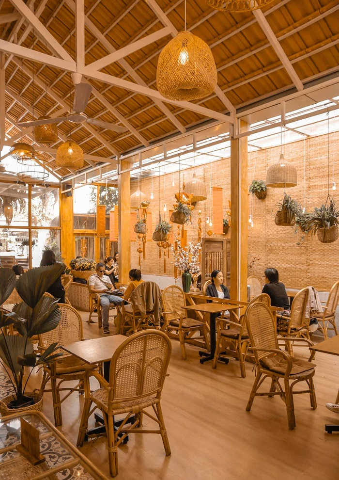 Tet decor cafe in Sài Gòn-khom-coffee