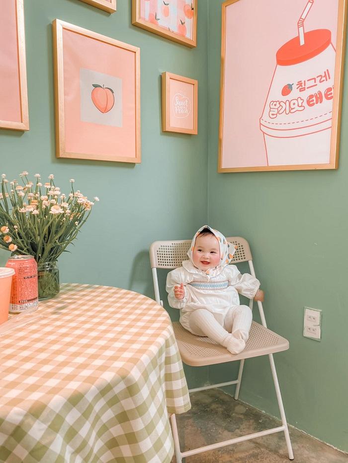 Unique studio cafe in Da Lat - peach corner