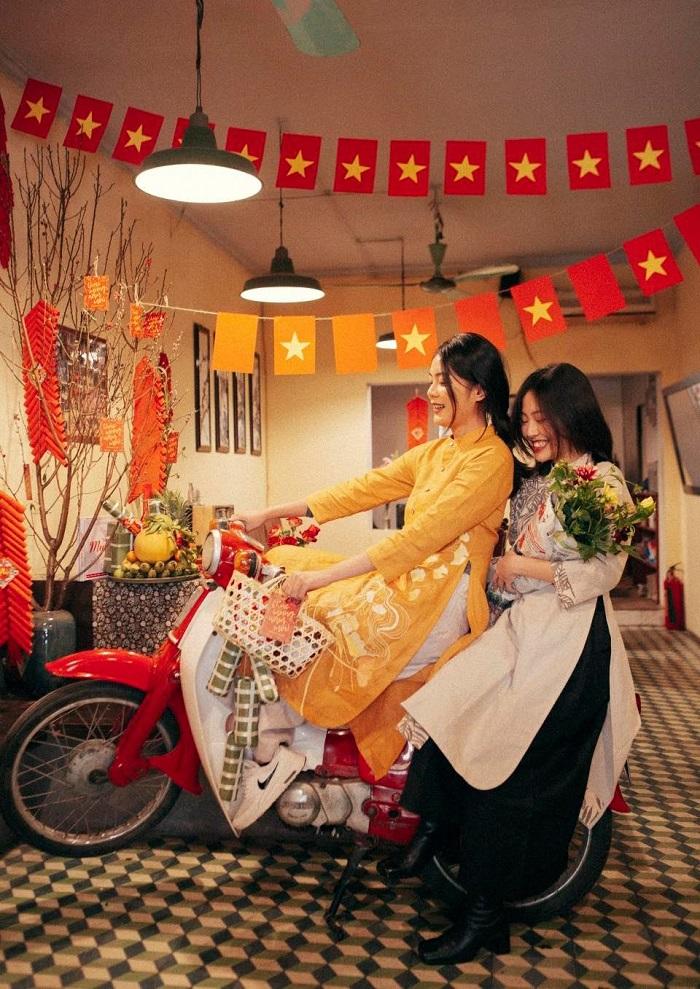 quán cafe trang trí Tết ở Hà Nội-cu-xa-cafe