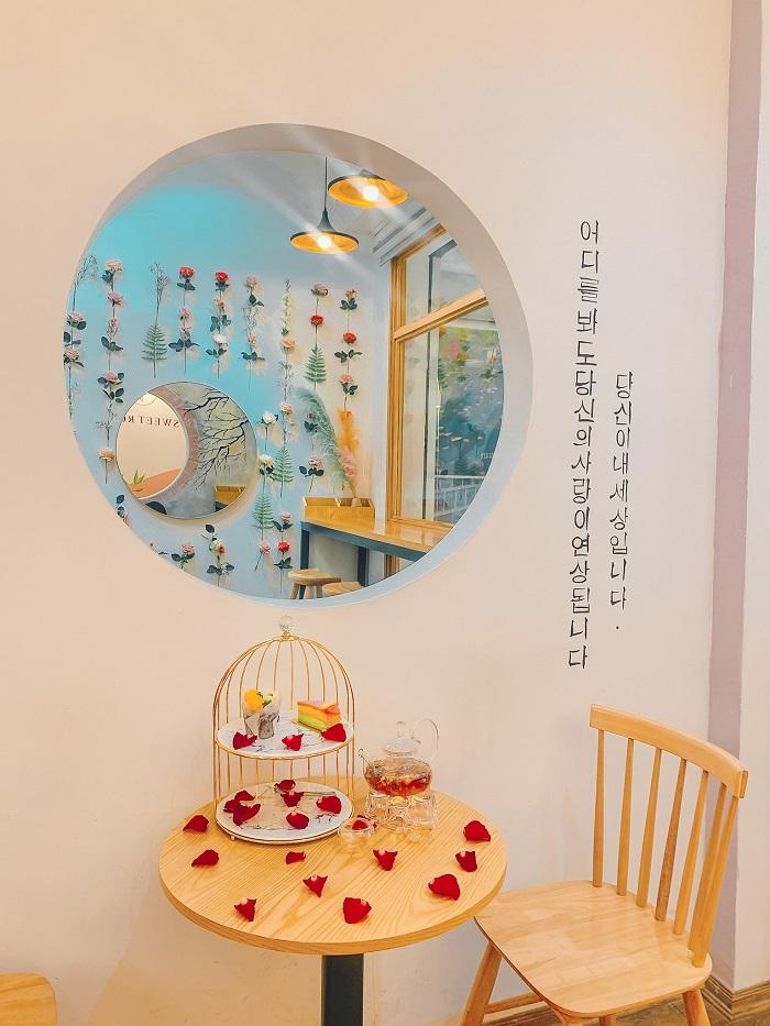 quán cafe trang trí Tết ở Hà Nội-sweet-rose