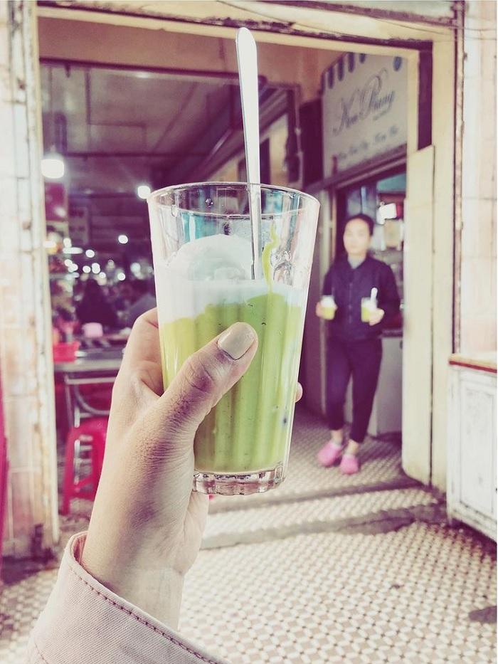 Dalat butter cream shop - Phung is a long time