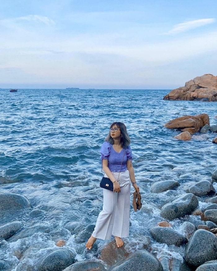 The right time to travel Quy Nhon Da Egg beach