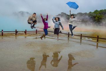 Lạc vào xứ sở thần tiên tại hồ nước sủi bọt ở New Zealand