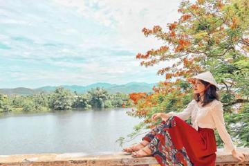 Khám phá vẻ đẹp thơ mộng vạn người mê của sông Hương Huế