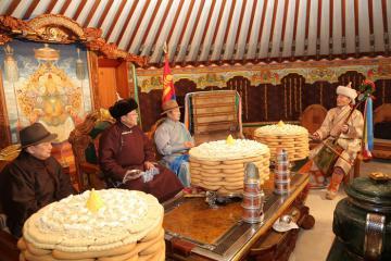 Phong tục đón Tết của người Mông Cổ có gì đặc biệt?