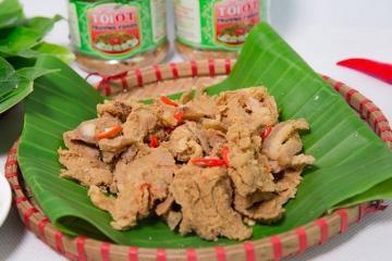 Du lịch Phú Thọ thưởng thức đặc sản thịt chua Thanh Sơn ngon khó cưỡng