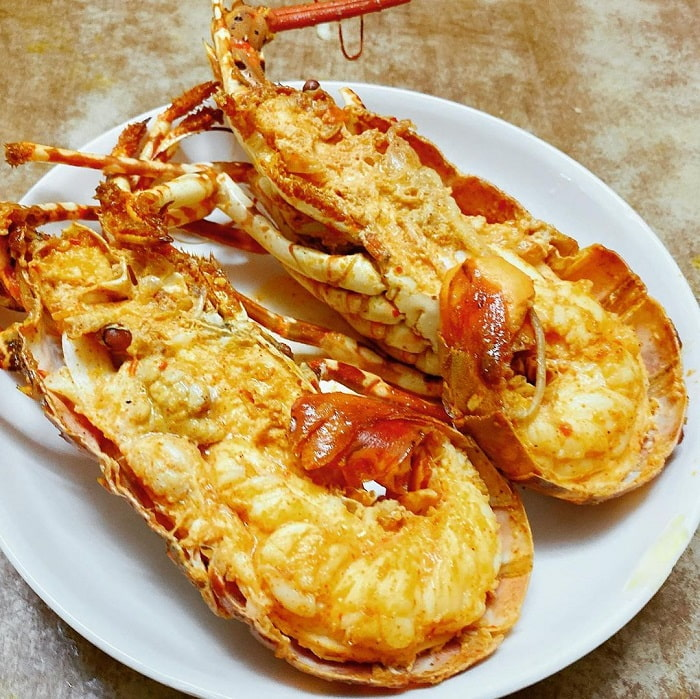 Con Dao fire lobster - grilled with garlic and chili