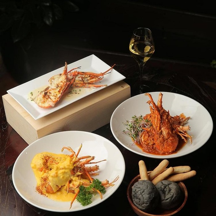 Con Dao fire lobster - processing
