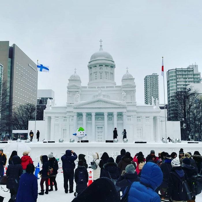 trải nghiệm mùa đông Nhật Bản - tham gia lễ hội tuyết Sapporo
