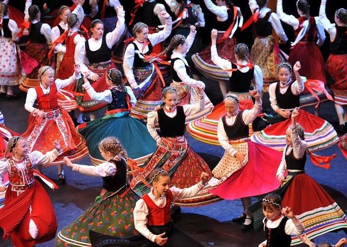 Tìm hiểu những nét độc đáo và đặc sắc về văn hóa Hungary