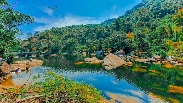 Clear water - the attraction of Krong Kmar waterfall in Dak Lak